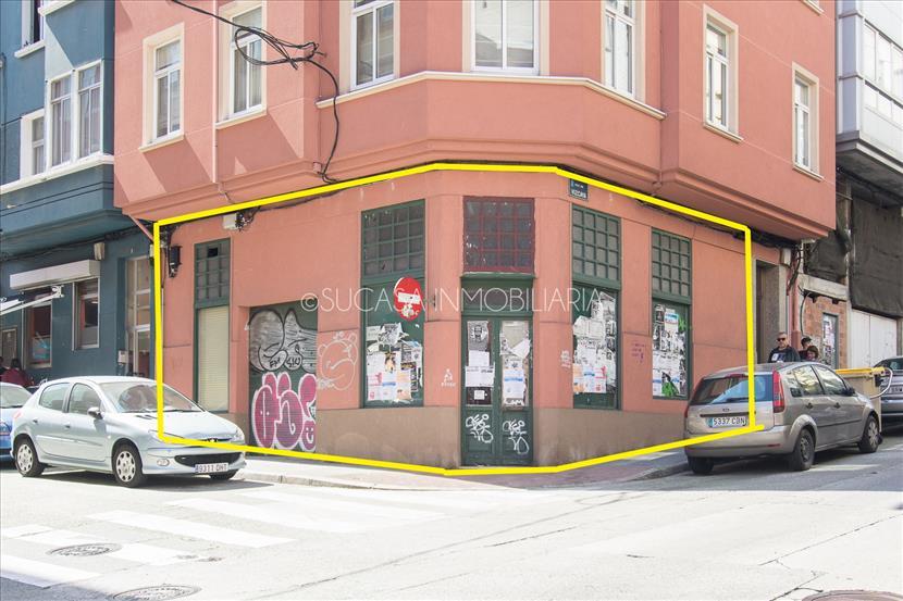 Local en venta con 16 metros de fachada en esquina